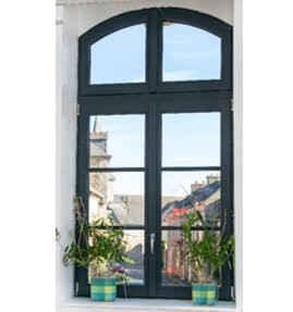 Fenêtre bois avec battement central